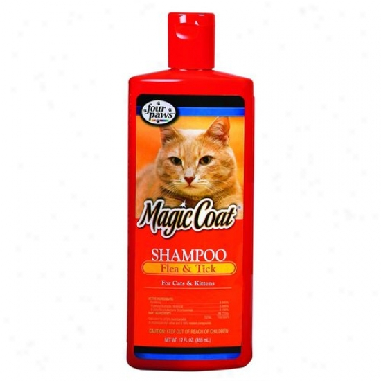 Four Paws 100202568/10630 Magic Coat Flea And Tick Shampoo Cats