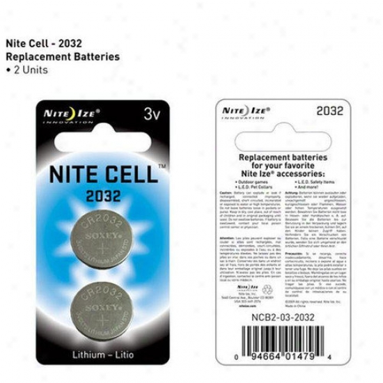 Nite Ize Replacement 2032 Pet Battery (2 Pack)