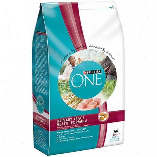 Purina One Cat Dry Adult Urinary Tract Health Formula Cat Food, 7 Lbs