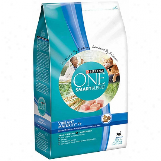 Purina One Cat Dry Smartblend Adult Vibrant Completion 7+ Cat Food, 7 Lbs