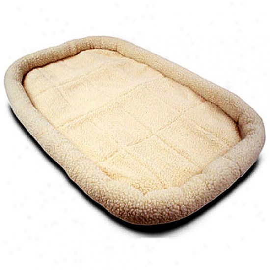 24'' Majestic Pet Crate Pet Bed Mat (sherpa)