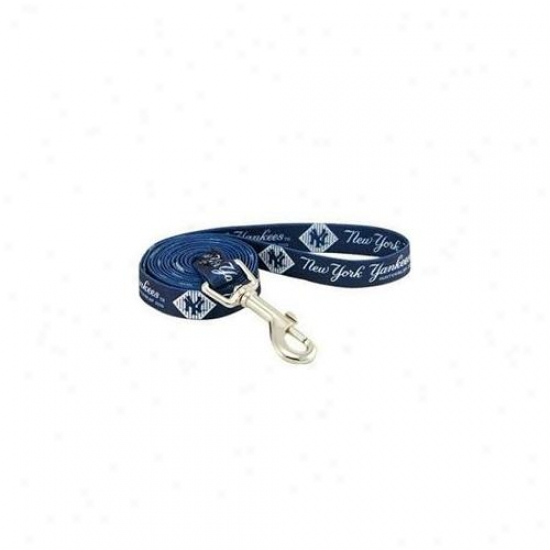 Hunter Mfg Dn-310811 New York Yankees Dog Leash