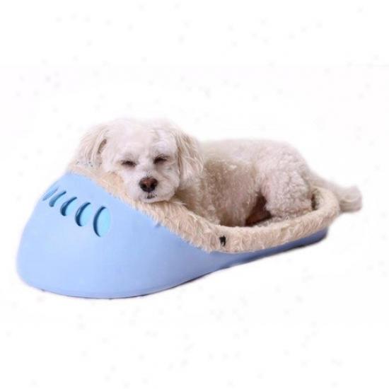 Unique Beast Yeti Pet Bed In Baby Hue Blue