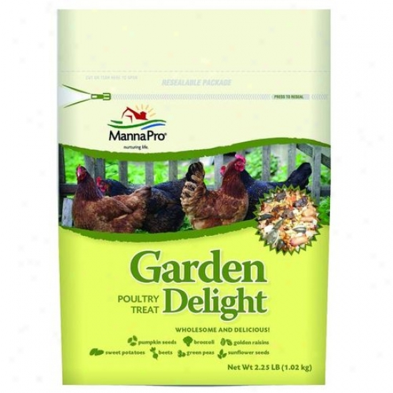 Manna Pro 00-1059-0211 Garden Delight Poultry Treat