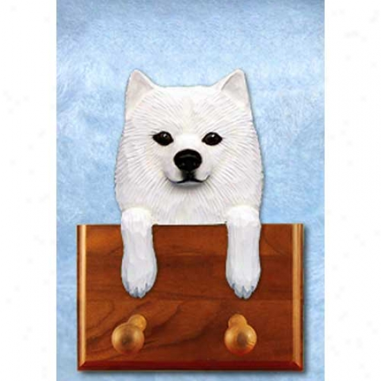 American Eskimo Leash Holder
