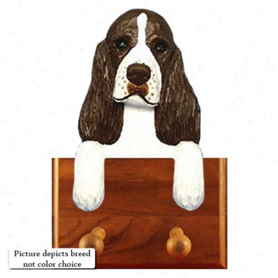 Black English Springer Spanel Leash Holder