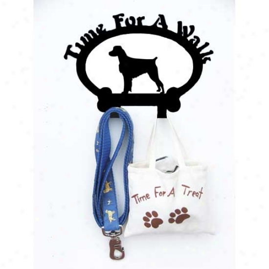 Brittany Leash Holder