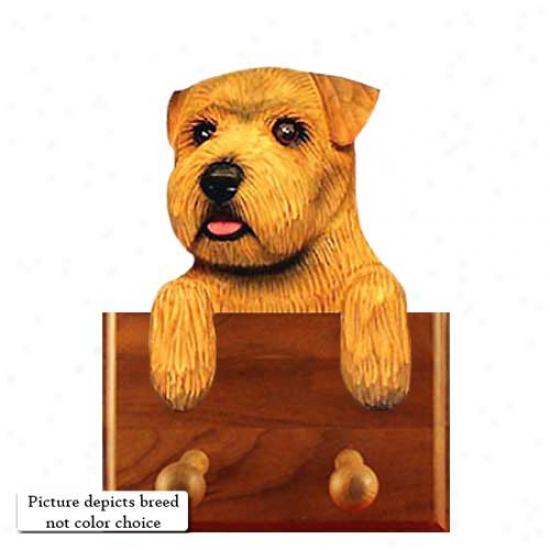 Grizzle Norfolk Terrier Leash Holder