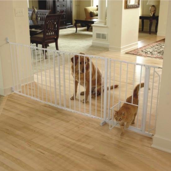 Maxi Walk-thru Metal Gate With Small Pet Door